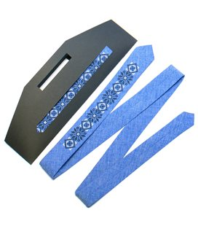 Вишита вузька краватка 734
