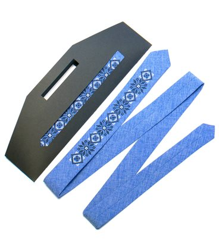 Вишита вузька краватка (734.737.754)
