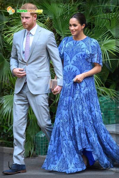 Меган Маркл, яка нещодавна увійшла до кололвської родини та народила чудового хлопчика показала як стильно можна виглядати у довгому вільному платті.